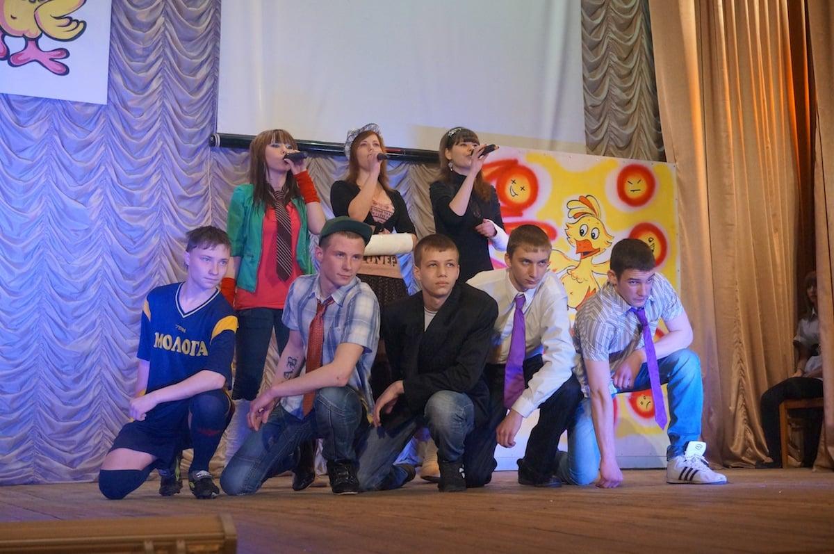 команда «Шаляй-Валяй» сборная ПУ № 18 и РДК пгт. Максатиха