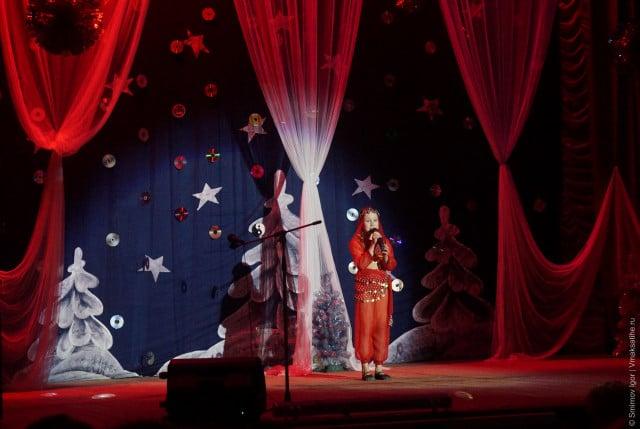glavnaya-novogodnyaya-elka-v-maksatihe (22)