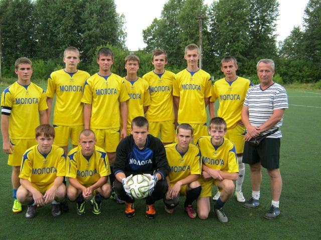 Футболисты команды Молога посёлка Максатиха