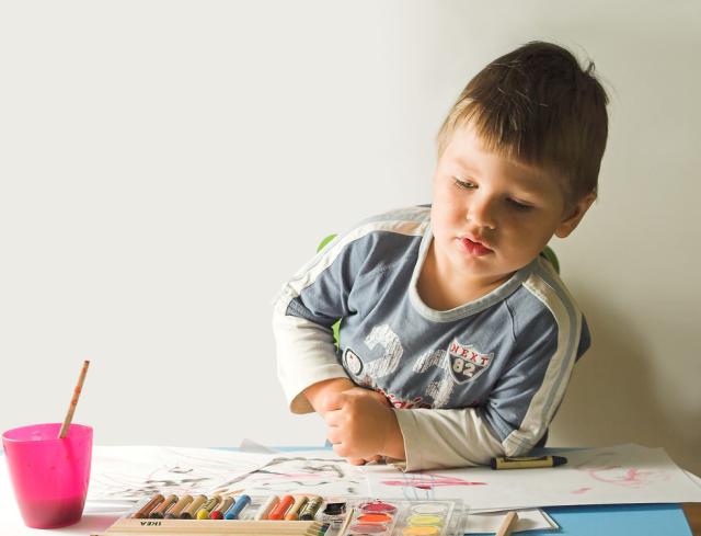 На уроке рисования