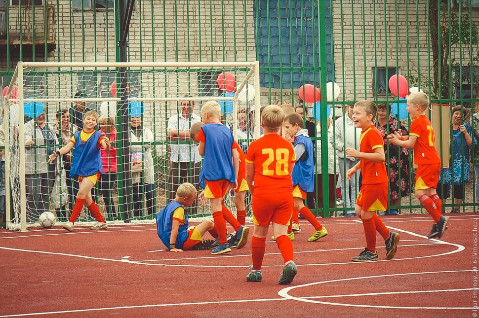 otkrytie-sportivnoj-ploshhadki-v-posjolke-Truzhenik (32)