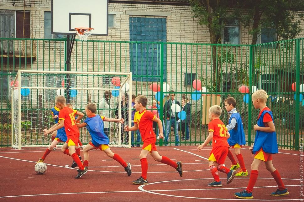 otkrytie-sportivnoj-ploshhadki-v-posjolke-Truzhenik (34)